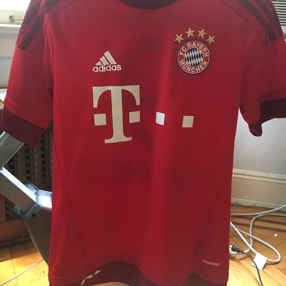 new style efe63 b5749 Bayern Munich Robert Lewandowski Home jersey 2016